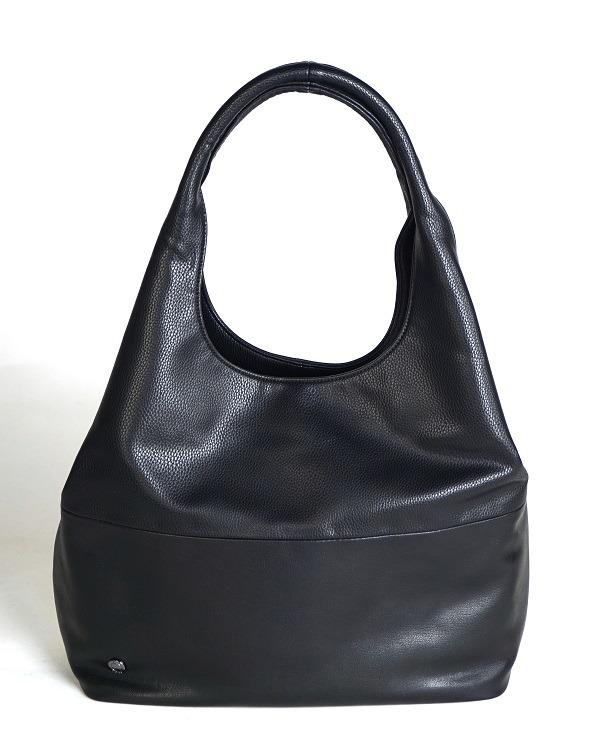 Čierna dámska kabelka cez plece značky Ara 7c5ea3e992e
