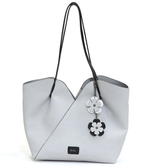 94e6c8e9ed Dámske kabelky a tašky ARA